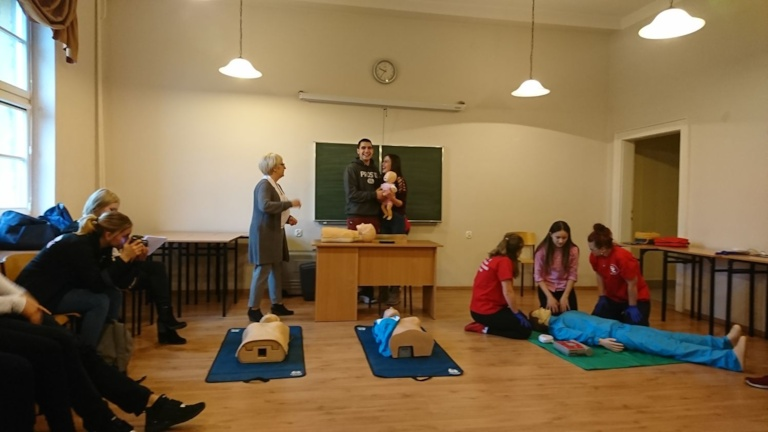 Uczniowie ZSP Kościelec na Dniu Medyka