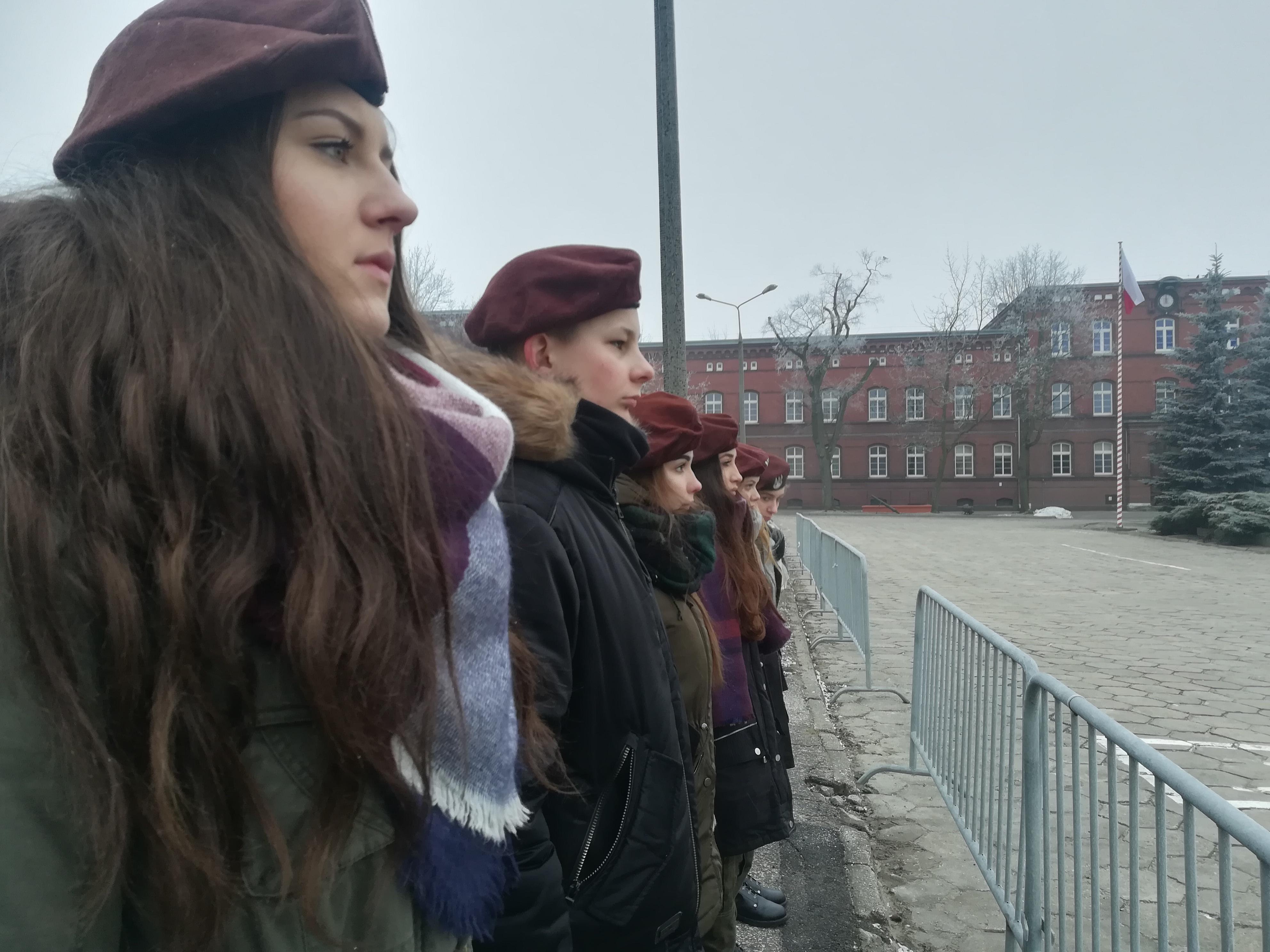 Licealiści na przysiędze wojskowej