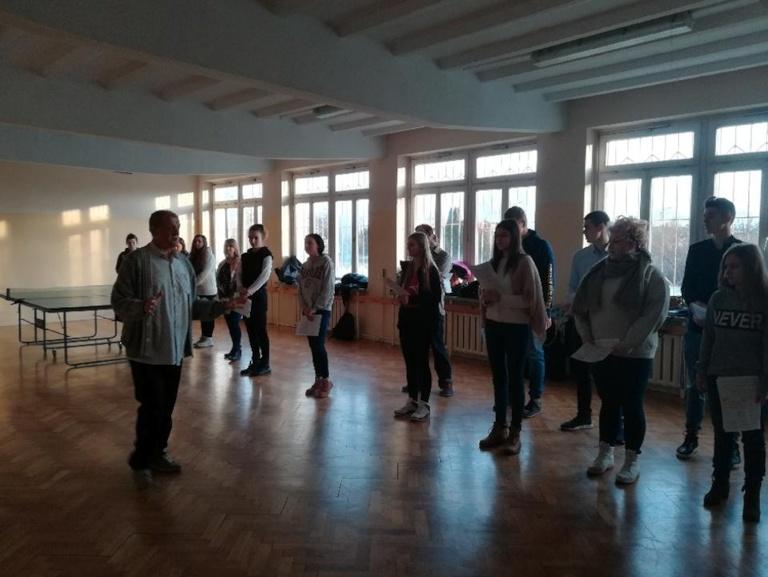 Warsztaty teatralne w ZSP w Kościelcu