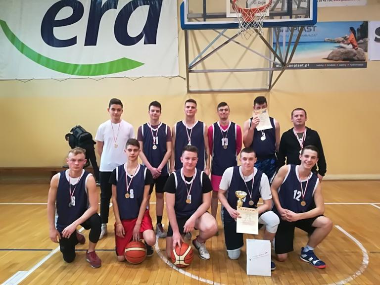 Awans ZSP w Kościelcu do ćwierćfinałów Mistrzostw Województwa w koszykówce