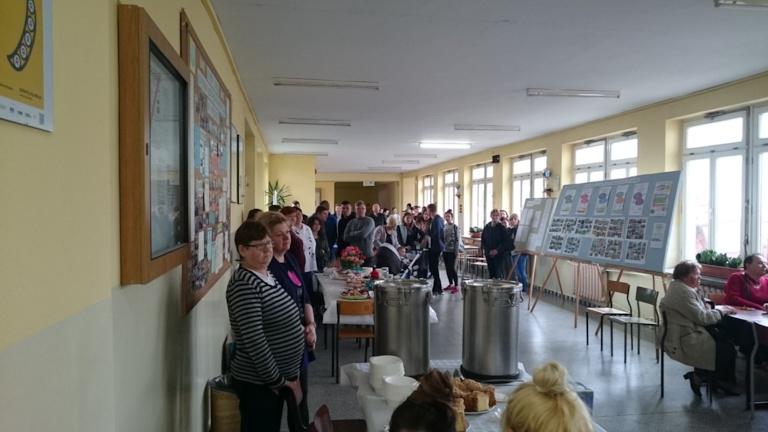 """Festyn rodzinny """"Zielono mi"""" w Zespole Szkół Ponadgimnazjalnych im Jana Pawła II w Kościelcu"""