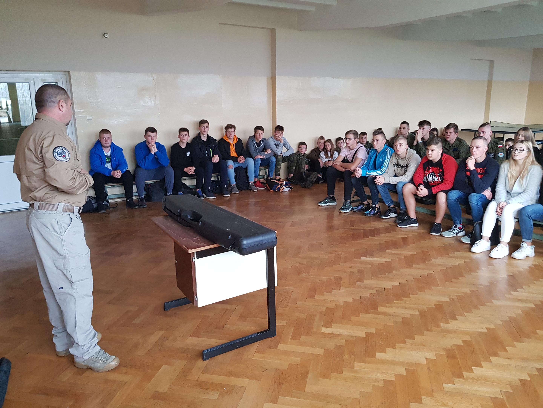 Inowrocławskie Stowarzyszenie Taktyczno – Strzeleckie w Zespole Szkół im. Jana Pawła II w Kościelcu