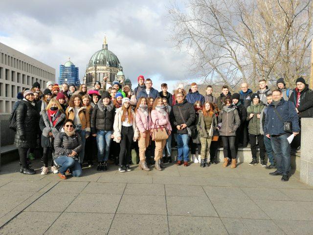 Uczennice ZS Kościelec na wycieczce do Berlina